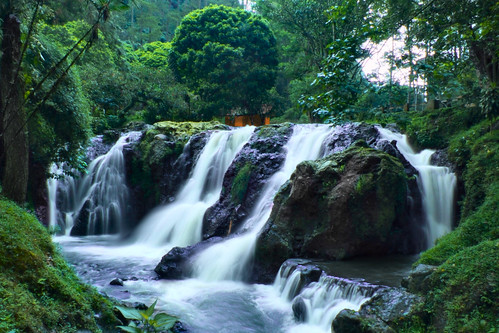 indonesia geotagged waterfall rocks stones rocky waterfalls batu airterjun maribaya curug curugmaribaya