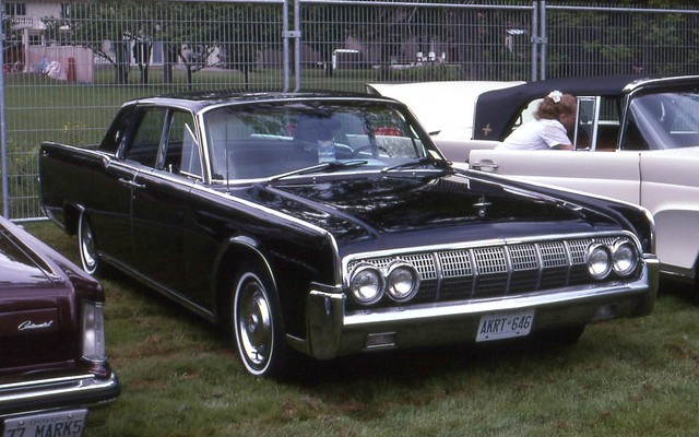 1964 lincoln continental 4 door flickr photo sharing. Black Bedroom Furniture Sets. Home Design Ideas