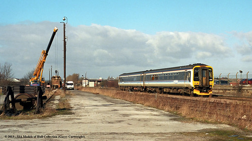 train diesel railway nottinghamshire worksop passengertrain centraltrains supersprinter class156 156403