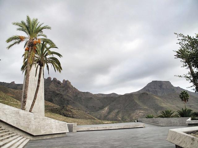plaza espana_adeje_barranco del infierno