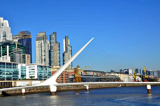 Puente de la Mujer, Puerto Madero, Buenos Aires