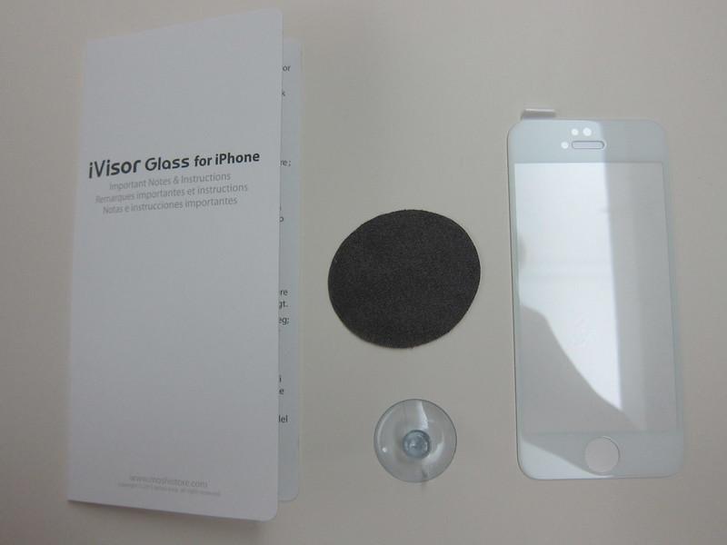 Moshi iVisor Glass - Box Contents