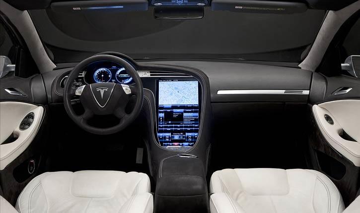 Интерьер кроссовера Tesla Model X