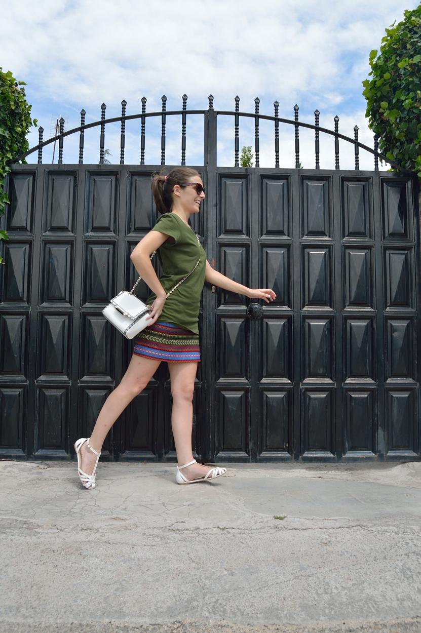 lara-vazquez-madlula-blog-style-fashion-look-walk-alone