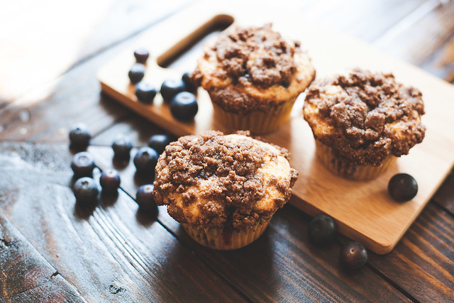 Make blueberry muffin recipe