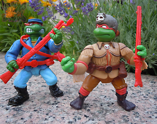 """MUTANT MILITARY 2"" TEENAGE MUTANT NINJA TURTLES ::  YANKEE DOODLE RAPH  xii // ..with  WACKY WILD WEST TMNT  ""SEWER SCOUT RAPH"" '92 (( 1992 ))"