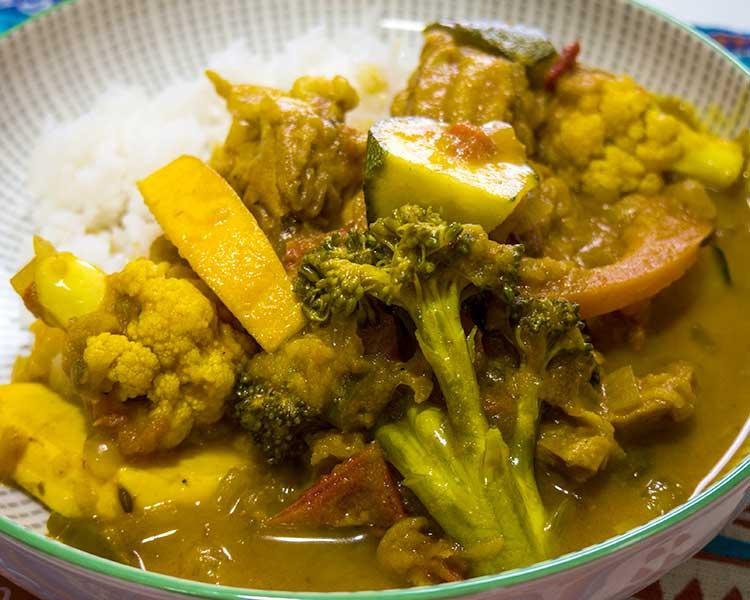 野菜ゴロゴロチキンカレー