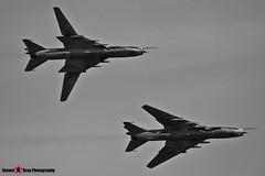 3612 & 9616 - Polish Air Force - Sukhoi SU-22M4 - 140712 - Fairford 2014 - Steven Gray - IMG_4236