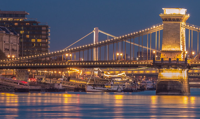 Chain bridge at blue hour