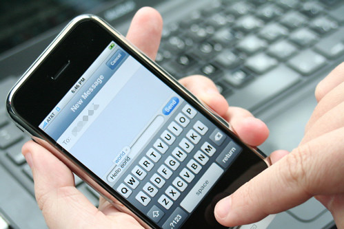 retrieve iphone text messages