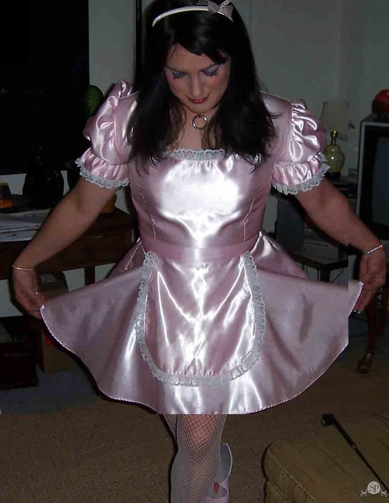 Sissy satin maid cum by madamec