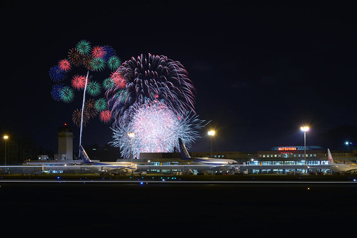 light summer sky color colors beautiful festival japan night plane airplane landscape photography ana nikon fireworks 70300mm matsuyama d800 70300 nikoor planefield