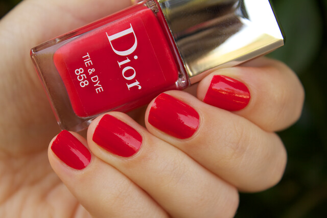 02-dior-tie-and-dye