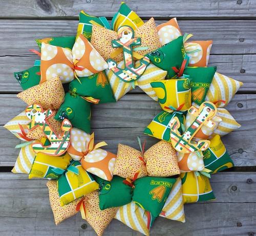 U of Oregon/Delta Gamna fabric wreath