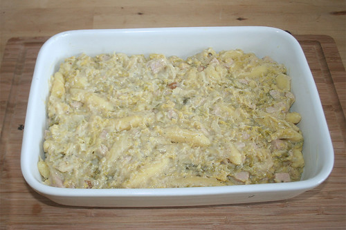 31 - In Auflaufform geben / Put in casserole