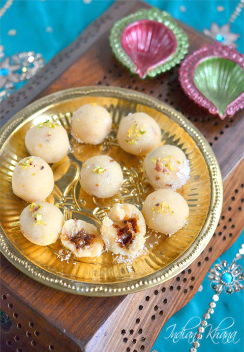 Coconut-Khoya-Gulkand-Ladoo-Diwali-Sweets-Recipes