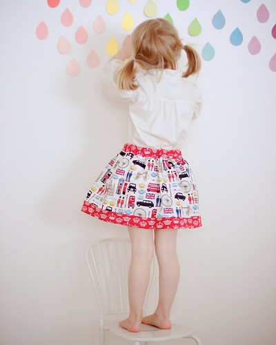 I love London skirt and blouse