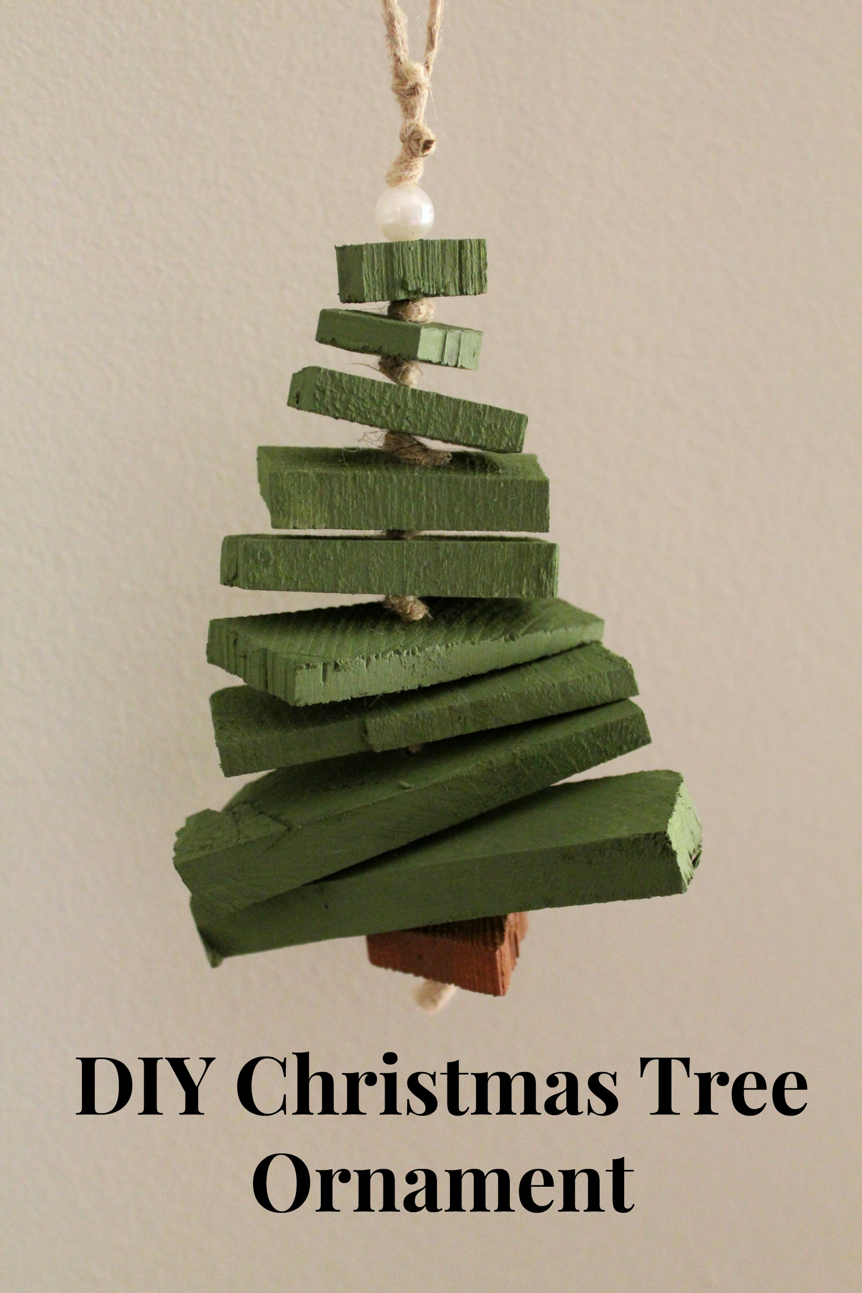 Scrap Wood Christmas Tree Ornament