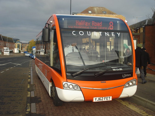 Courtney YJ62FET on Route 8, Maidenhead Frascati Way