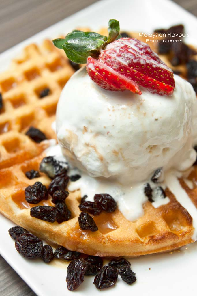 ribs-by-vintry-rum-and-raisin-waffle
