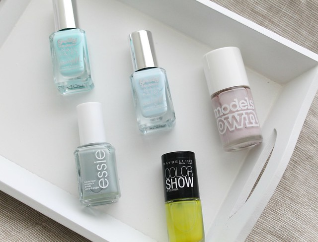 five_nailpolishes_under_fivepounds