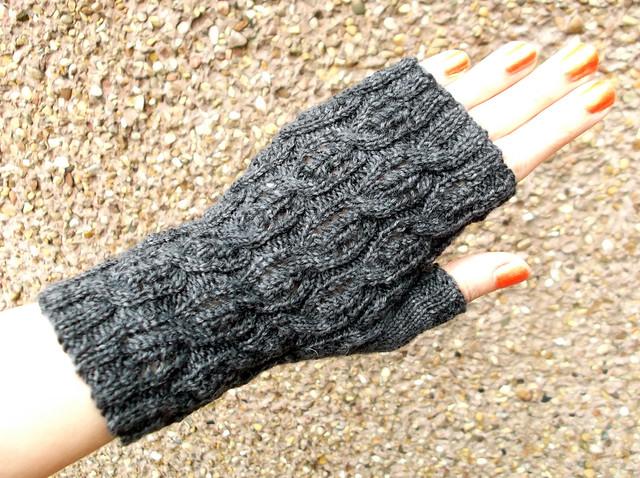 fluffy knitter mitts 1