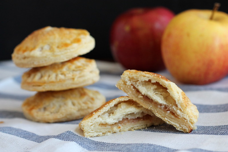 Bite-size apple pies
