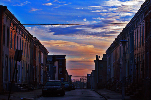morning sunrise baltimore rowhouses westbaltimore mondawmin 121912