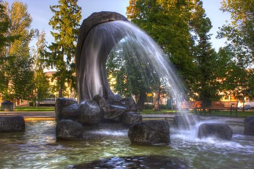 wet water finnland stones fontain hdr brunnnen eos550d