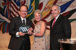USC President C. L. Max Nikias, Wilson Center President Jane Harmon, and USC Trustee Edward P. Roski, Jr.