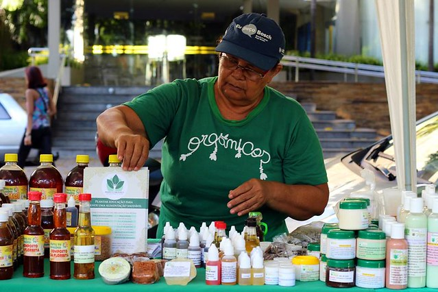 Agricultora participa de Feira Orgânica na cidade de Belém, no Pará - Créditos: Carol Lopes