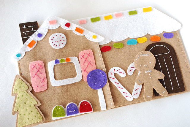 Sweet Gingerbread Scene Playset Pattern // Wild Olive