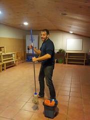 floor(1.0), cleanliness(1.0), hardwood(1.0), flooring(1.0),