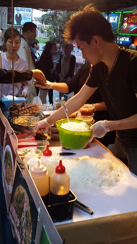 Chinatown Night Market: Spicy Cold Noodles