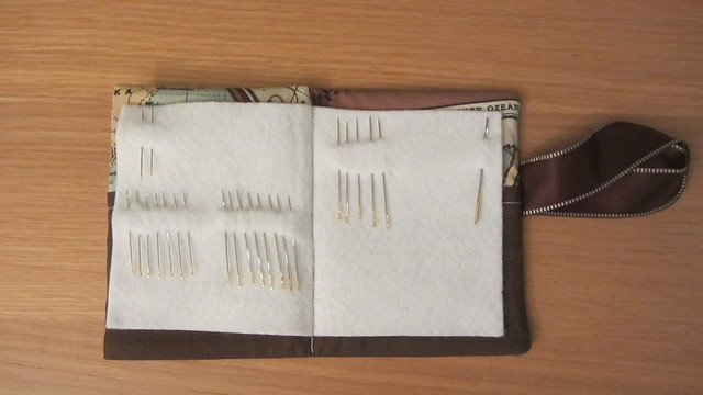 Needle case inner