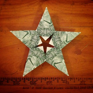 Folded cash - DIY origami star - side 1
