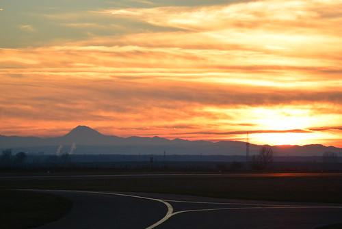 sunset aviation flugplatz stockerau loau