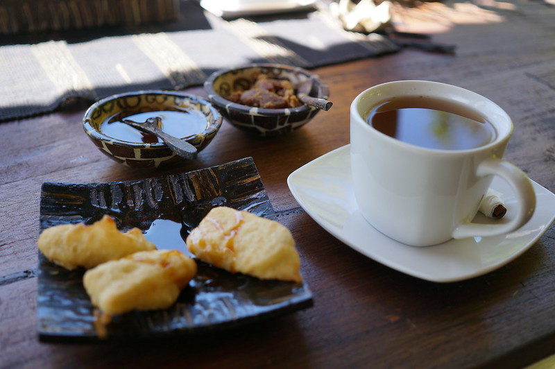 Delicious spice tea with Balinese cake