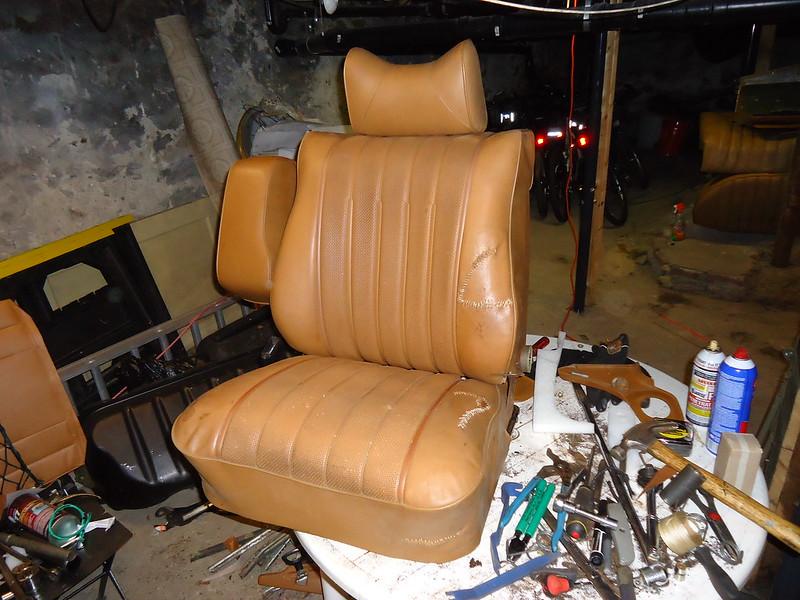W123 seats -- disassembly, skin removal padding refurbish