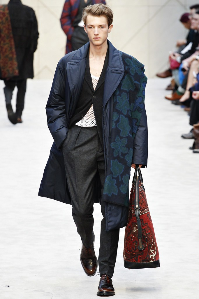 FW14 London Burberry Prorsum042_Abel van Oeveren(VOGUE)