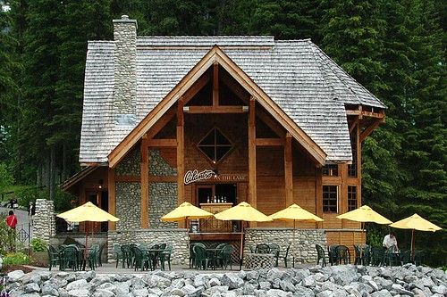 Restaurant at Emerald Lake near Field, Yoho National Park, BC Rockies, Kootenay Rockies, British Columbia, Canada