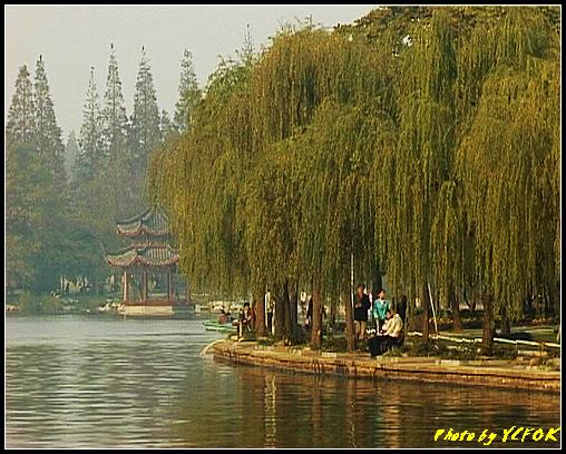杭州 西湖 (其他景點) - 510 (西湖十景之 柳浪聞鶯 在這裡準備觀看 西湖十景的雷峰夕照 (雷峰塔日落景致)