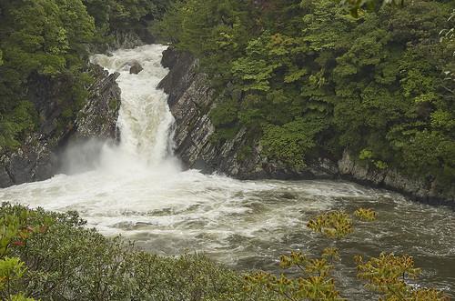【写真】離島めぐり : トローキの滝