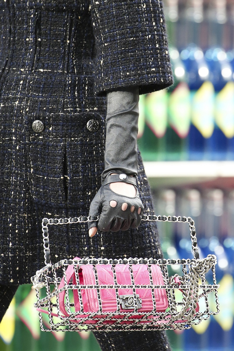 slide-show-chanel-novelty-bags19_145539208172.jpg_gallery_max