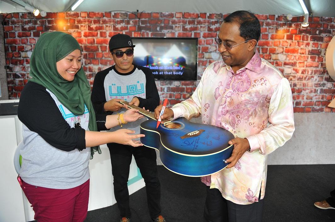 Menteri Besar Perak - YAB Dato' Seri Diraja Dr Zambry bin Abd Kadir