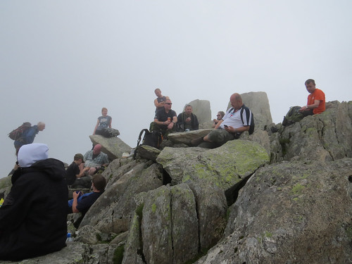 83 Brew with a View crew at the summit of Tryfan
