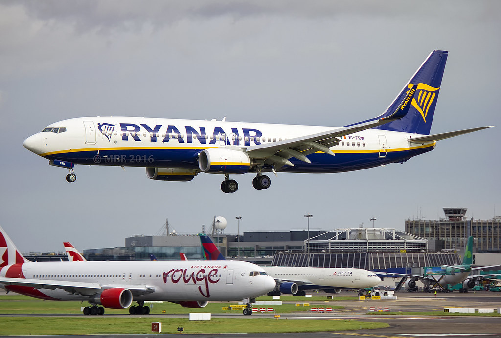EI-FRW - B738 - Ryanair