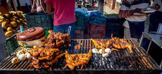 Chicken marinated with annatto, grilled and served on the streetside