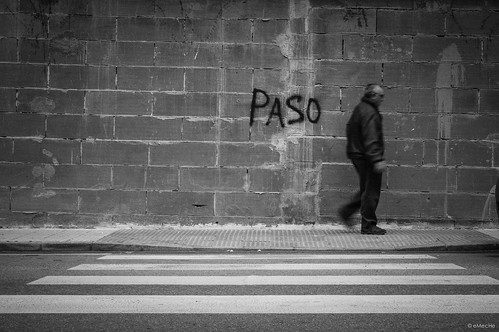 pasos by eMecHe