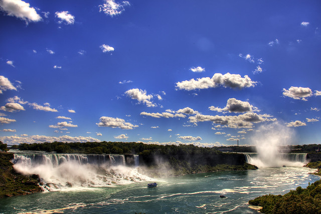 Made our Bucket List: Niagara Falls